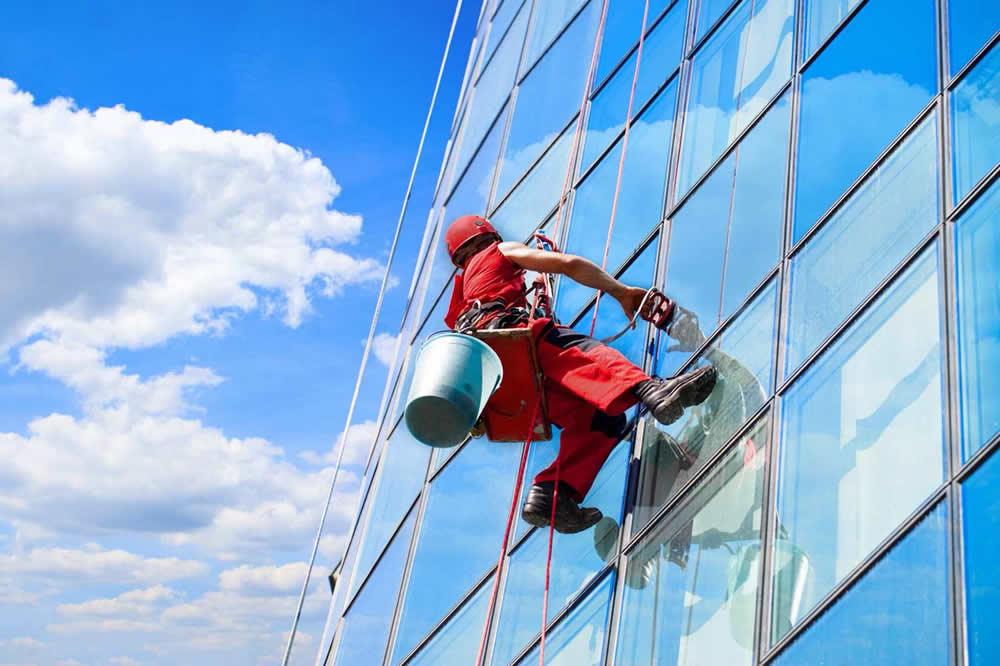 lavaggio vetri alta quota
